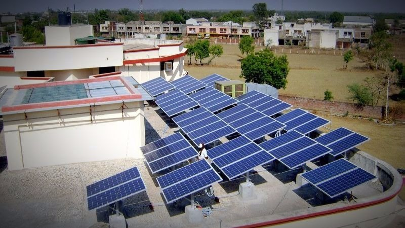 In rural India, more solar, better healthcare